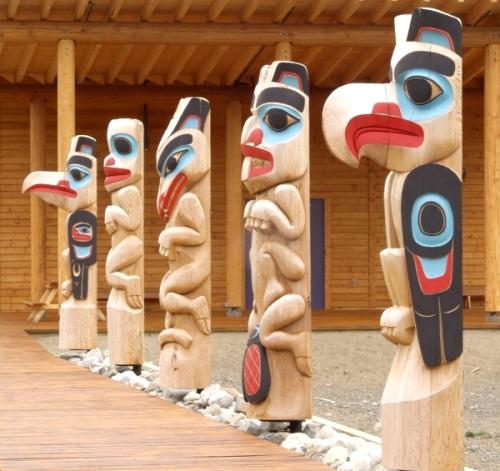 Teslin Tlingit Council has five clans: Kukhhittan (Raven), Ishkitan (Frog), Yanyedi (Wolf), Deshitan (Split Tail Beaver), and Dakhl'awedi (Eagle). The Justice Council is made up of a representative from each clan. (Photo: Government of Yukon)