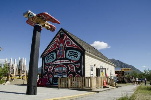 The Carcross Commons is made up of shops, restaurants, a carving shed and an art gallery. (Photo: Government of Yukon)